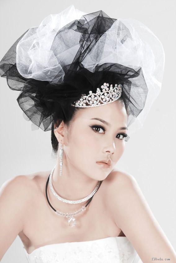 形色新娘化妆造型; 头纱的魅力
