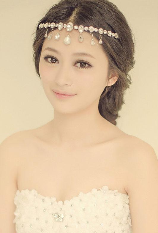 2014最新新娘妆容造型 2014新娘优雅造型做最美丽的 时尚彩妆造型